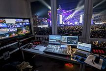 New Year's Eve Berlin 2013 / 50 x Pointe, 20x MMX Spot, 18x MMX Washbeam at the Brandenburg Gate. Lighting Design by Lars Murasch and technical support TLT. 750.000 people on the spot and milions by TVs. Great job guys! Photocredit : David Marschalsky