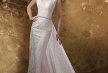 Fall 2015 Wedding Gowns / The hottest style from today's top wedding gown designers.