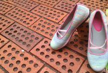 stripes flat shoes