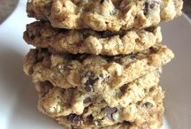 cookies / Seriously love cookies / by Christina Vizithum