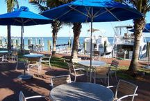 Sarasota Waterfront Restaurants / Looking for a meal with a view? Sarasota Signature Real Estate has pinned their top choices when it comes to waterfront dining.  From super casual to super fancy but one thing is constant the MILLION dollar view never gets old!