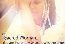 I ❤️ divine woman & sacred feminine