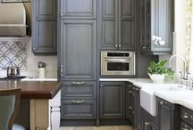 Kitchens / by Wavie Jones
