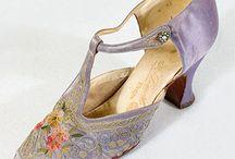 Dobové  oblečenie, topánky, šperky a doplnky