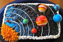 fondant solar system cake