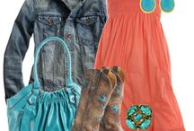 Country Styles / by Kayla Tucker