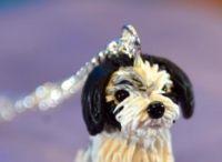 Terrier honden figuur sieraaden / Van jouw eigen huisdiertje! Helemaal apart! Er is maar een van alle sieraden.