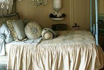 Beautiful Rooms / by Sandra Kriek