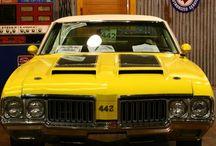 Oldsmobile 442 / Muscle car / by Austin Adams