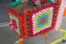 I DO yarnbombing