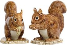 'In the Country' Salt and Pepper Shakers / Our favourite salt and pepper shakers inspired by the countryside.