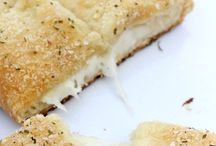 Garlic Fingers & Garlic Bread