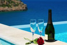 Just Married / Create the greatest memories, have your ceremony and your honeymoon on the most romantic Greek destinations.