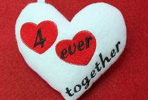Machine Embroidery ITH Valentine sweethearts / http://www.spookiestreasures.com/products/ith-valentine-sweethearts-5x7