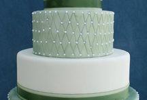 Elegant emerald cake