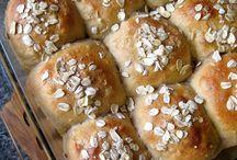 Savoury bread/crackers