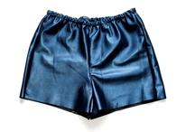 Klerovski Wear / http://nastyaklerovski.blogspot.ru/2013/01/blue-metallic-leather-shorts.html