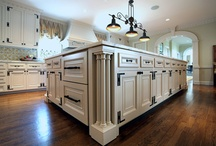 Restoration ideas for Judson Canfield house  / by Emily Barracato