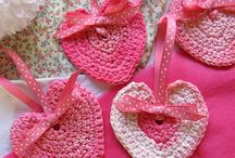 ╭☆Crochet Hearts ♡ / by Saco Takata