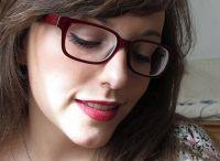 maquillage et lunettes