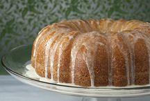 Bundt and pound cakes / by Patricia Dendy