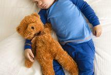 Научить малыша спать