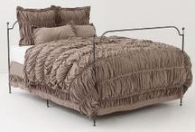Bedroom Decor / Bedroom decor and furniture inspiration