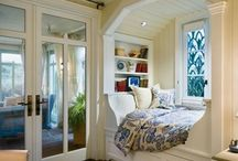 Cozy reading nooks / by Linda Blott