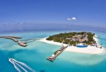 Maldives / Maldives is a small tropical paradise in South Asia, in the middle of the Indian Ocean. We all have seen pictures of the beaches that look like they have come out of a fairy tale. For your reservations, check here: http://e-globaltravel.com/locations/maldives/