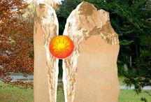 Grabsteine / Wunderschöne und hochwertige Grabsteine (p2). Grabkunst von Meisterhand finden Sie auch unter: http://www.serafinum.de/Grabsteine