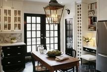 Kitchens / by Elizabeth Hoezee