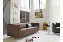 Gelderland / Nederlands top design Gelderland is een begrip, want sinds de oprichting van het bedrijf in 1935 heeft deze Nederlandse meubelfabrikant naam gemaakt met design banken. Met als signatuur de afneembare bekleding en beukenhouten romp. Van Nederlands fabrikaat. Typerend voor een Gelderland design meubel zijn de moderne vormgeving en hoekige vormen.