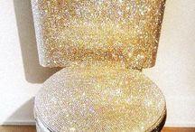 Sparkly Things / VOGUE diamond rings
