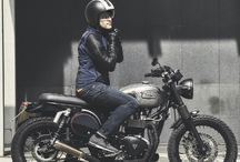 Urban Riders / Urban motorcyclists in action