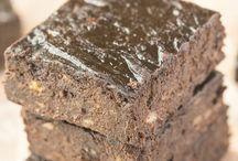Healthy Three Ingredient Flourless Brownies