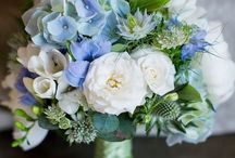 blue weding decor
