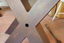 Gambe in ferro per tavoli