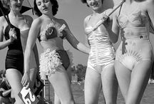 Vintage Retro Girls Photos / Pin-Up Girls Photo & Posters