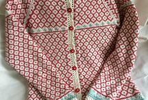 Stickade tröjor / Handarbete