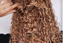 koszorúslány hajak