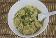 Thai Soup Recipes / Spicy and flavour packed Thai soup recipes for you to try at home :)