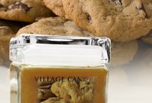WHO DOESN'T LOVE CHOCOLATE CHIP COOKIES????? / OUR 26 OZ SQUARE-VILLAGE CLASSIC- CHOCOLATE CHIP COOKIE CANDLE!