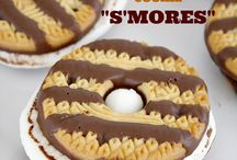 S'MORES!! / Everyone loves s'mores. Get the favorite treat of campfires and backyard Summer cookouts!
