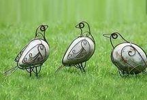 ptaki z kamienia