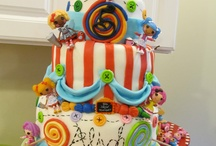 Now that's a cake!  / by Jana Stephens-Noble