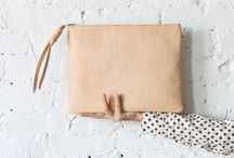 B A G S | Clutches / by Mariel Sosa