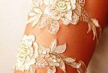 wedding garters / veols
