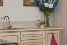 The French Kitchen / Inspiration on decorating a kitchen in the French style