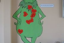 Jllr grinchmas / Idea for pin the heart on the grinch / by Jen Shuler
