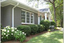 House exterior colours